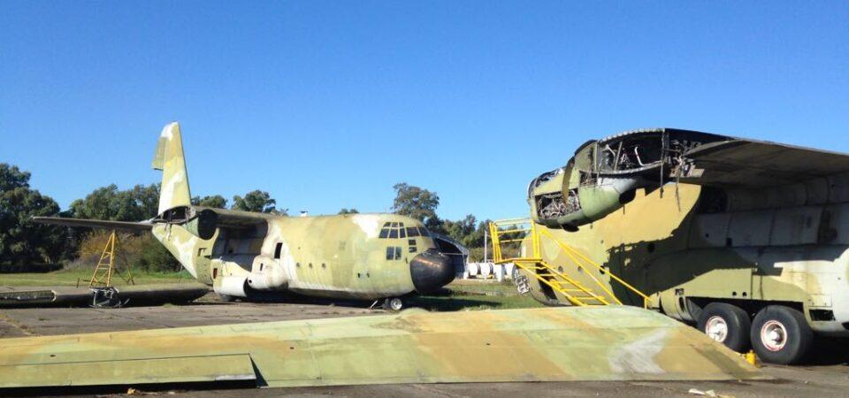 desguace de aeronaves y estructuras metálicas