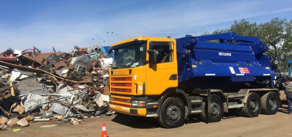 reciclaje y prensado de vehiculos